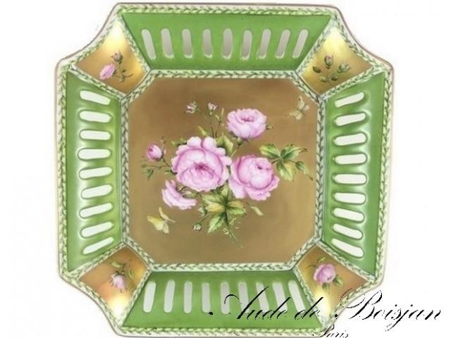 Coupe carrée Roses sur putoisage d'or fin