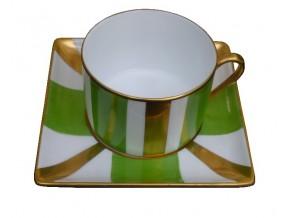 Tasse à thé bandes vertes et or