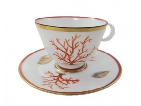 Tasse fine en porcelaine de Limoges et sa soucoupe coraux