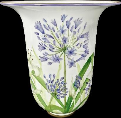vase peint à la main décor agapanthes porcelaine de limoge